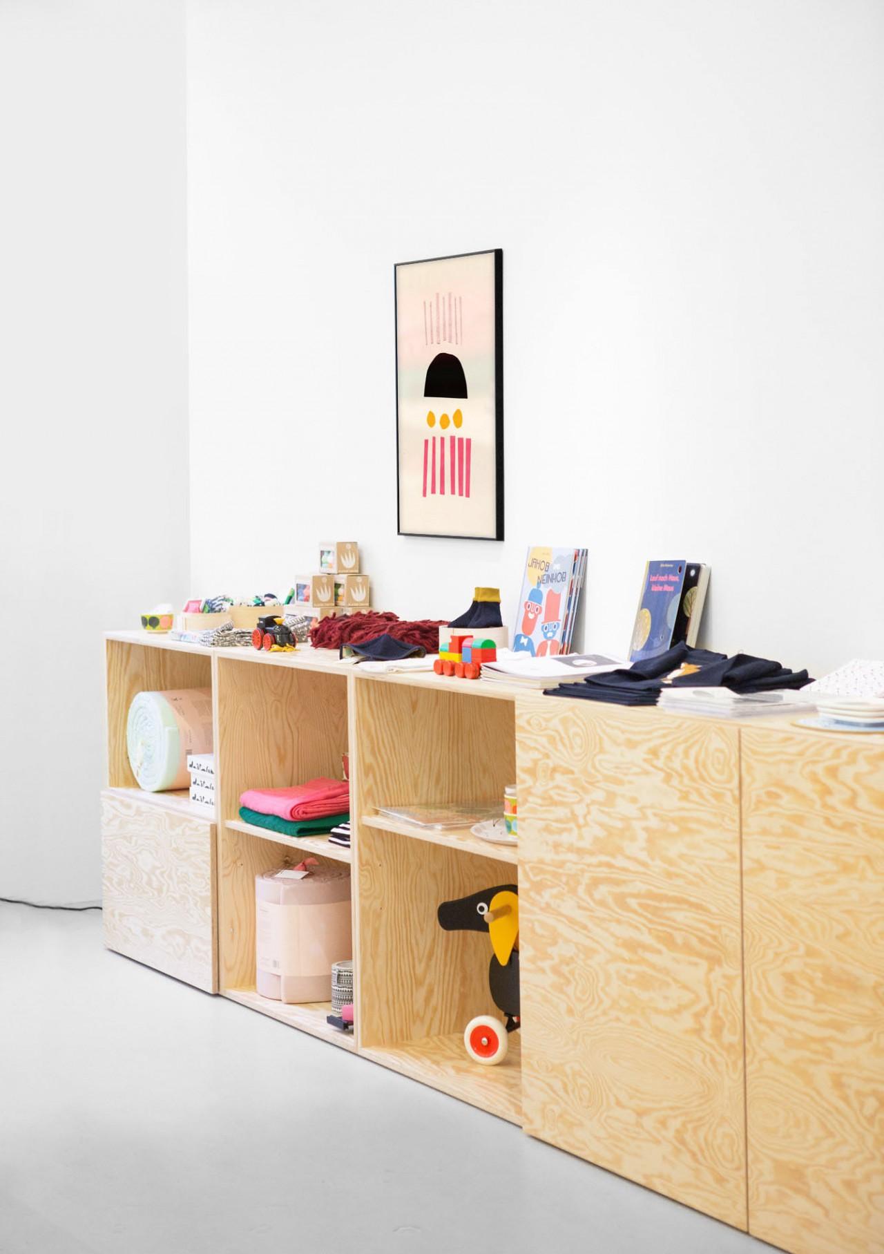 Nadine Goepfert Tiny Store, Interior, 2013